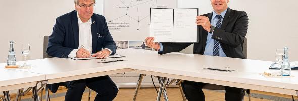 Trumpf: Bildungskooperation mit Forschungsuniversität KIT Karlsruhe vereinbart