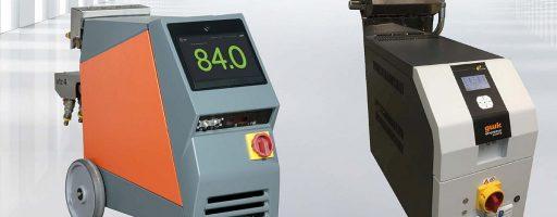 Die Temperiergeräte mit Wasserverteiler baut gwk sowohl wie hier gezeigt in mobilen Versionen als auch für den stationären Einsatz an der Spritzgießmaschine. - Bild: gwk