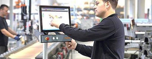 Mit Kuka.AppTech sollen Anwender Roboter schnell und einfach in die Produktion integrieren können. Das Baukastenprinzip ermöglicht eine schnelle und unkomplizierte Inbetriebnahme mit den benötigten Funktionen. - Bild: Kuka