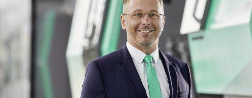 Jerome Berger ist der neue Geschäftsführer der Arburg-Tochtergesellschaft in Österreich. Damit haben die österreichischen Anwender jetzt einen festen Ansprechpartner direkt vor Ort. - Bild: Arburg