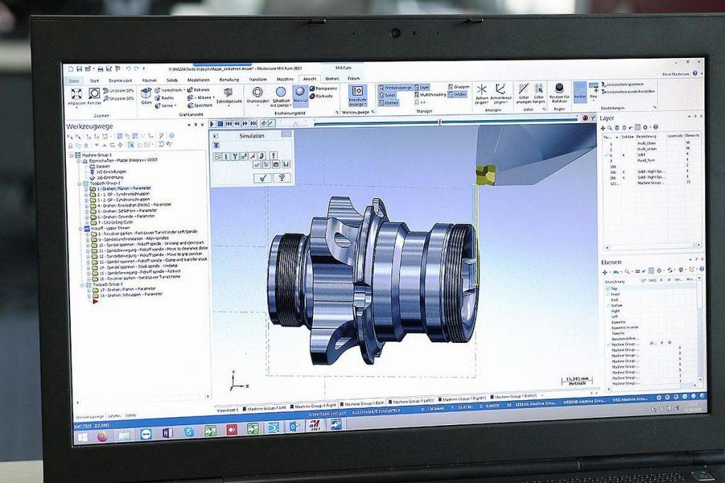 Der erste Arbeitsschritt: Hier wird das Werkstück mit der CAD/CAM-Software Mastercam von InterCAM programmiert. - Bild: Oltrogge