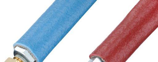 Sehr gute Wärmeisolationseigenschaften und einen optimalen mechanischen Schutz bietet der Schutzschlauch Z8570 von Hasco. Der in den Farben Rot und Blau verfügbare Thermoschutzschlauch eignet sich für Temperaturen von -40 bis +220 °C. - Bild: Hasco