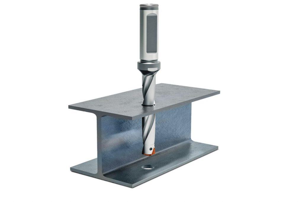 Der QTD-Steel-Pyramid-Schneidplattenbohrer mit Pyramidenspitze von Mapal verspricht eine optimale Bearbeitung der Bolzenbohrungen an Stahlträgern. - Bild: Mapal