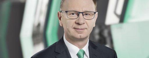 Seit kurzem ist Konrad Szymczak der neue Geschäftsführer der Arburg-Niederlassung in Polen. Die kunststoffverarbeitende Industrie in unserem östlichen Nachbarland ist für Arburg einer der stärksten und wichtigsten Märkte Europas. - Bild: Arburg