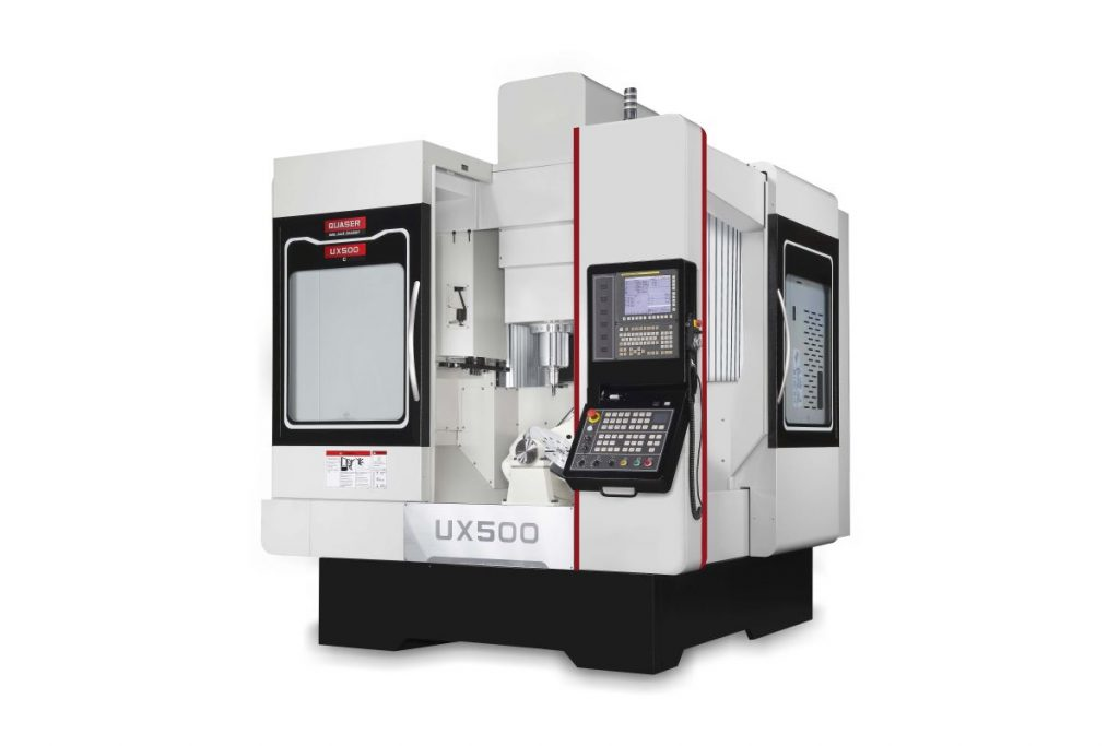 Das 5-Achs-Bearbeitungszentrum Quaser UX 500 bietet dem Bediener flexible Anwendungsmöglichkeiten. Hier reicht das Spektrum vom manuellen Werkstückhandling bis hin zum Einsatz einer ausgeklügelten Roboterautomation. - Bild: Hommel