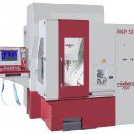 Die Röders RXP 501 ist eine hochpräzise industrielle Bearbeitungsmaschine, mit der sich optische Oberflächen und Glanzflächen herstellen lassen. Das Bearbeitungszentrum ist darüber hinaus leicht automatisierbar. - Bild: Röders