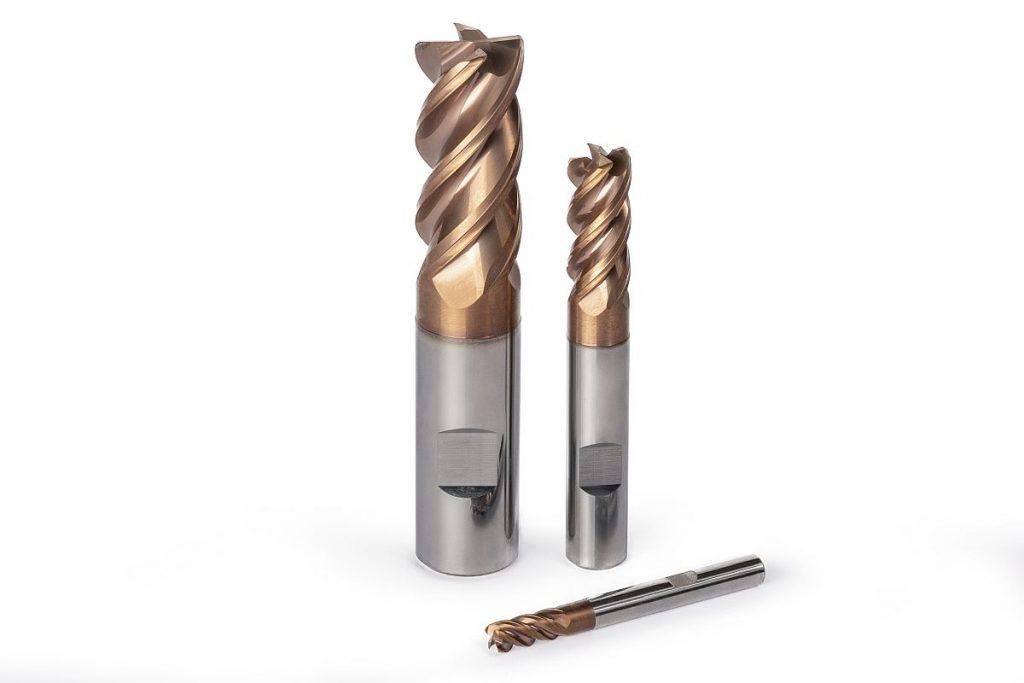 Der neue Vollhartmetallfräser OptiMill-Titan-HPC führt sowohl Schruppbearbeitungen als auch die Finish-Schnitte in der Titanbearbeitung prozesssicher aus. - Bild: Mapal