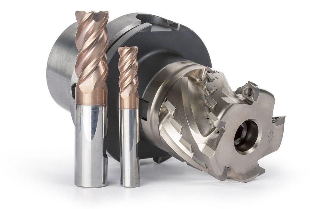 Hohe Schnittwerte und eine durchdachte Wärmeabfuhr kennzeichnen die neuen Fräswerkzeuge von Mapal für die Titanbearbeitung. - Bild: Mapal.