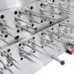 Beim gemeinsam mit der Schweizer Kebo AG entwickelten Pipettenspitzenwerkzeug hat Zahoransky ein doppeltes Schnellwechselsystem integriert. Bei dieser Werkzeugtechnologie können zur unmittelbaren Wiederaufnahme der Produktion beim Austausch von Formkernen und Verschleißbuchsen sowohl die düsenseitigen 8x8-Module wie auch die Kerne auf der Auswerferseite mit wenigen Handgriffen gewechselt werden. - Bild: Zahoransky